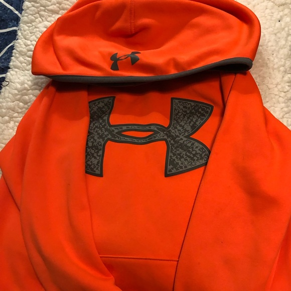 50ddb0bc7d17 Under Armour Shirts   Tops